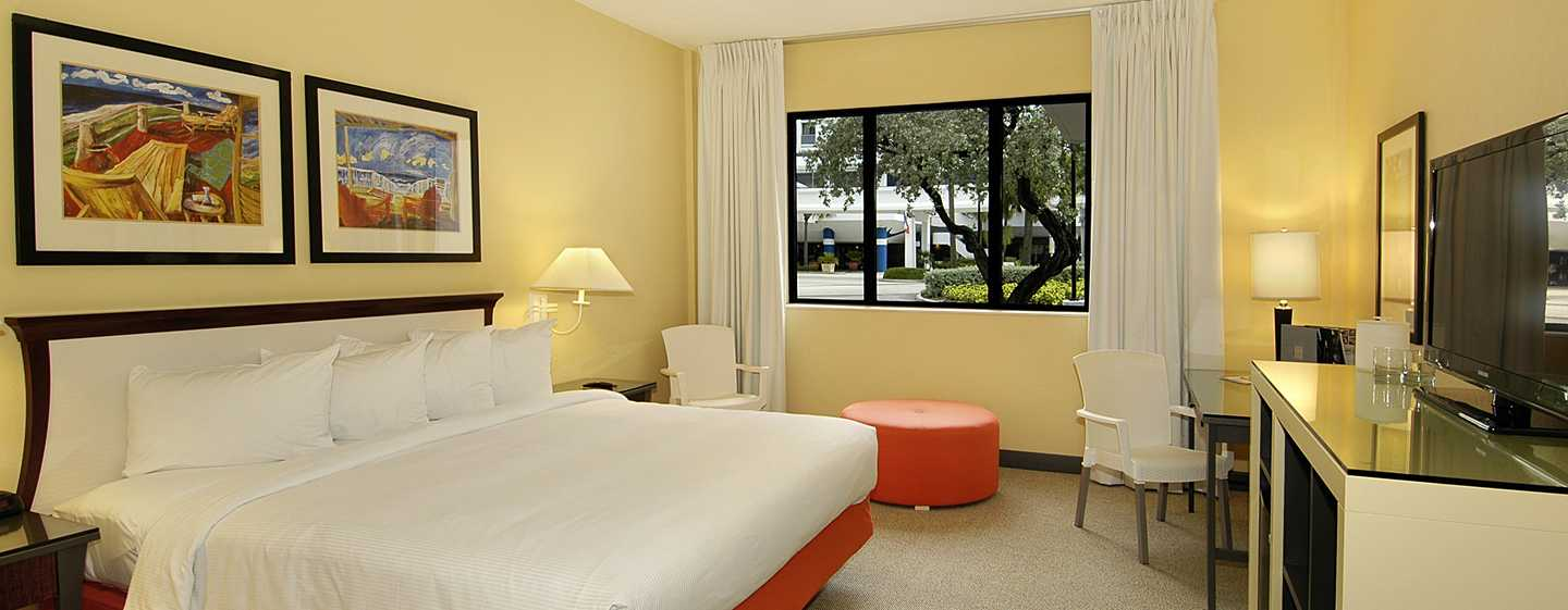 Bahia Mar Fort Lauderdale Beach - a DoubleTree by Hilton Hotel, USA – Zimmer mit King-Size-Bett