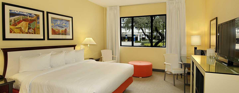 Bahia Mar Fort Lauderdale Beach – a DoubleTree by Hilton Hotel, EUA – Uma cama cama king-size