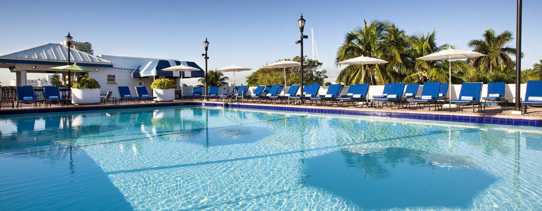 Bahia Mar Fort Lauderdale Beach – a DoubleTree by Hilton Hotel, USA – Utomhuspool