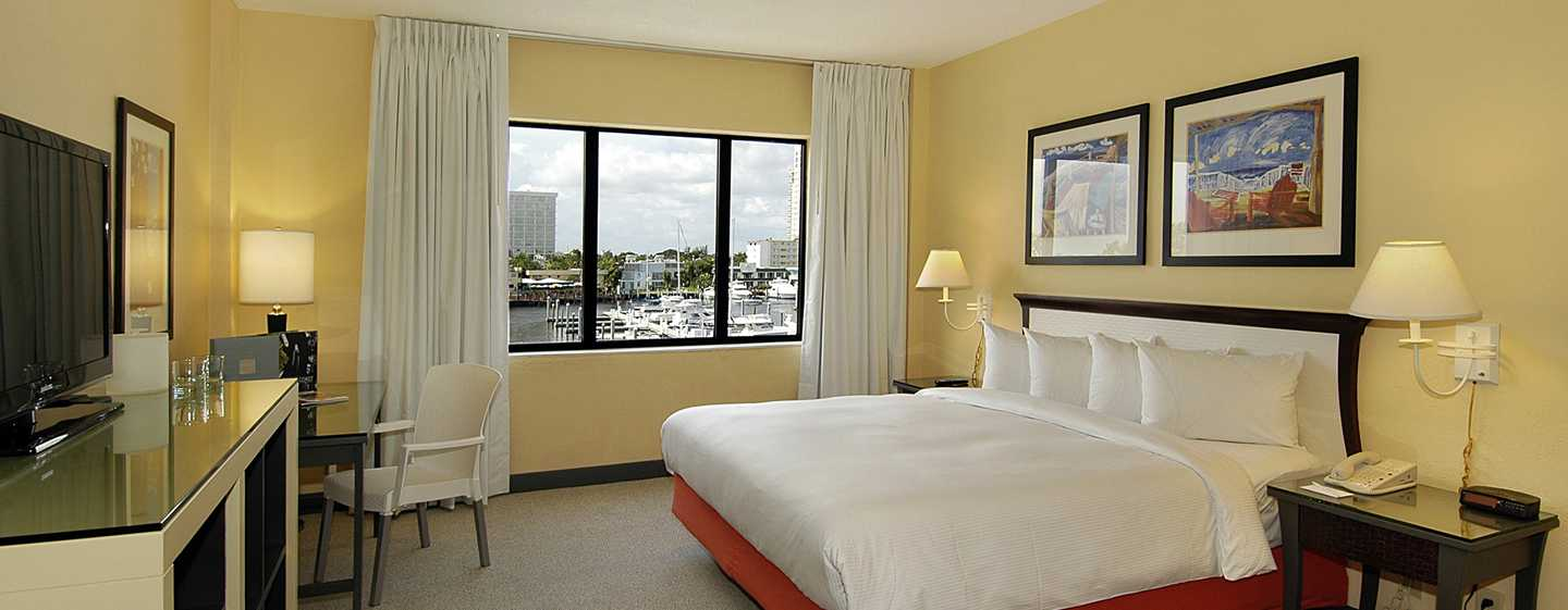 Bahia Mar Fort Lauderdale Beach – a DoubleTree by Hilton Hotel, USA – Rum med king size-säng