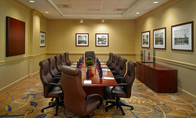 DoubleTree by Hilton Hotel Sunrise - Sawgrass Mills, Florida USA - Meeting Room