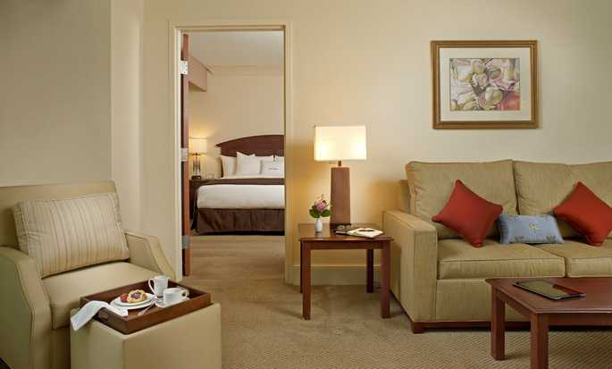 DoubleTree by Hilton Hotel Sunrise - Sawgrass Mills, Florida USA - Suite
