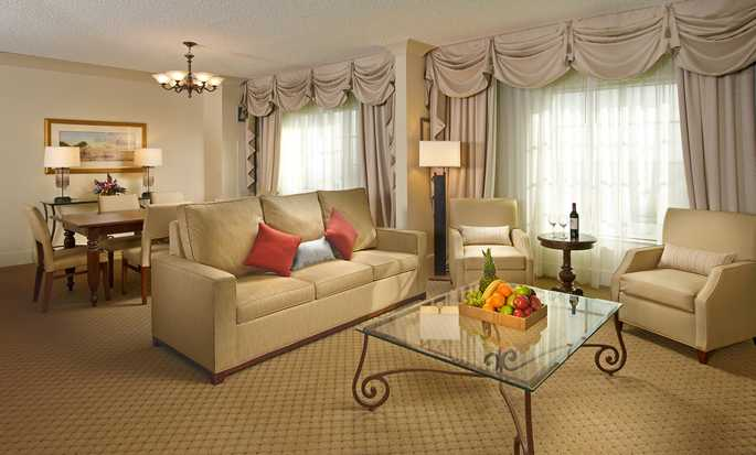 DoubleTree by Hilton Hotel Sunrise - Sawgrass Mills, Florida USA - Suite Living Area