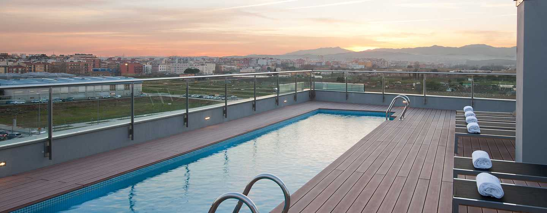 DoubleTree by Hilton Girona, España - Piscina en el último piso
