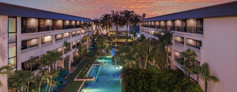 DoubleTree by Hilton Phuket Banthai Resort ประเทศไทย - วิวสระว่ายน้ำจากระเบียงห้อง
