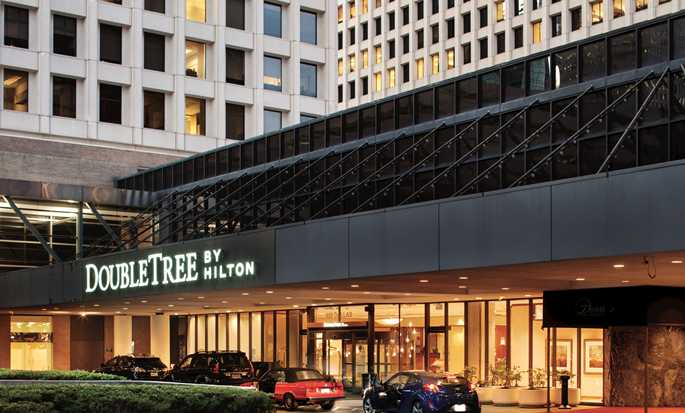 Hotell DoubleTree by Hilton Hotel Houston Downtown, USA – Hovedinngang utvendig