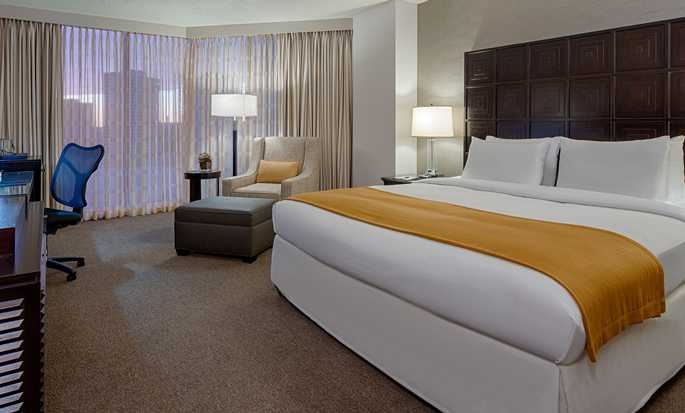 Hotel DoubleTree by Hilton Houston - Greenway Plaza - Habitación con cama King