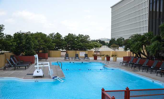 DoubleTree by Hilton Hotel Houston – Greenway Plaza, USA – Utendørsbasseng