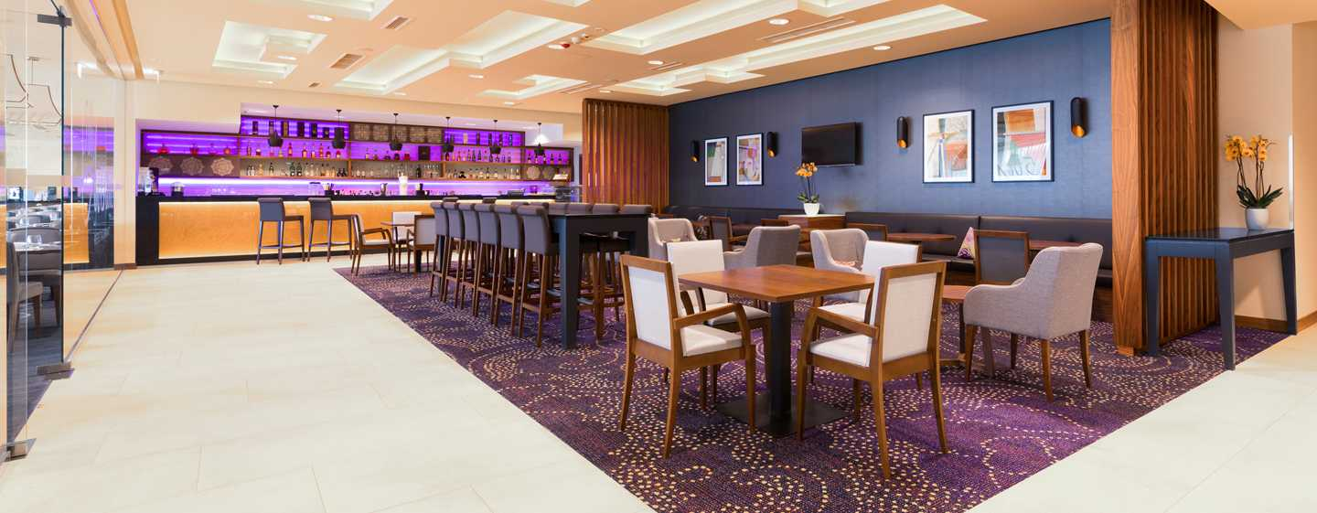 DoubleTree by Hilton Kraków Hotel & Convention Center, Polska – Bar hotelowy