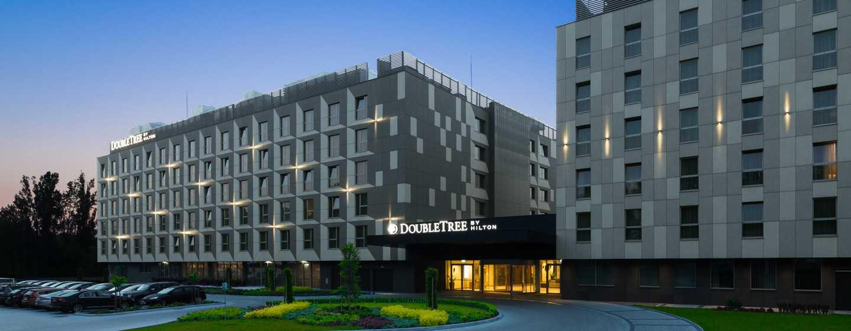 DoubleTree by Hilton Kraków Hotel & Convention Center, Polska – Fasada hotelu