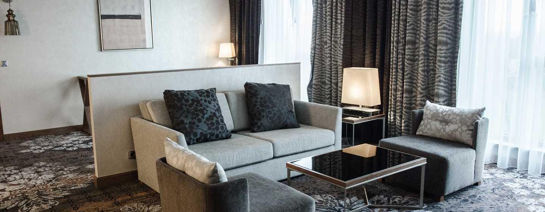 DoubleTree by Hilton Kraków Hotel & Convention Center, Polska – Apartament prezydencki zdostępem do salonu