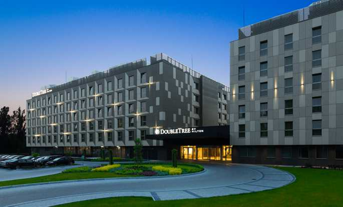 DoubleTree by Hilton Kraków Hotel & Convention Center, Polska – Fasada hotelu