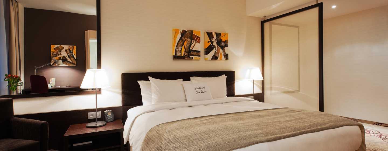 DoubleTree by Hilton Hotel Kosice, Slovensko - Ložnice King