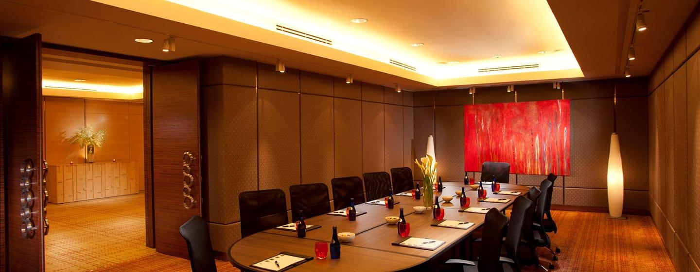 DoubleTree by Hilton Kuala Hotel, Malaysia – Orchid Boardroom