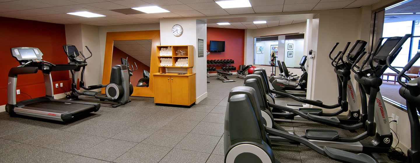 Hotel DoubleTree by Hilton Los Angeles Downtown, EUA - Gimnasio