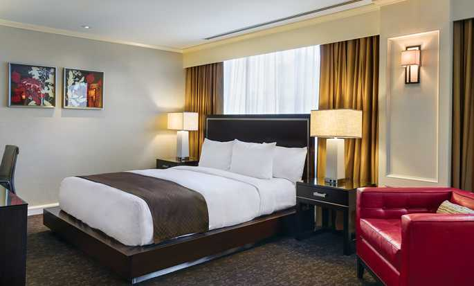 Hotel DoubleTree by Hilton Los Angeles Downtown, EUA - Suite Governor con cama King