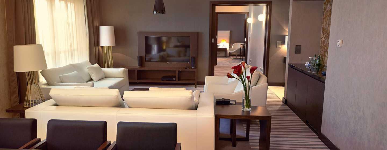 Hotel DoubleTree by Hilton Łódź, Polska – Salon w apartamencie