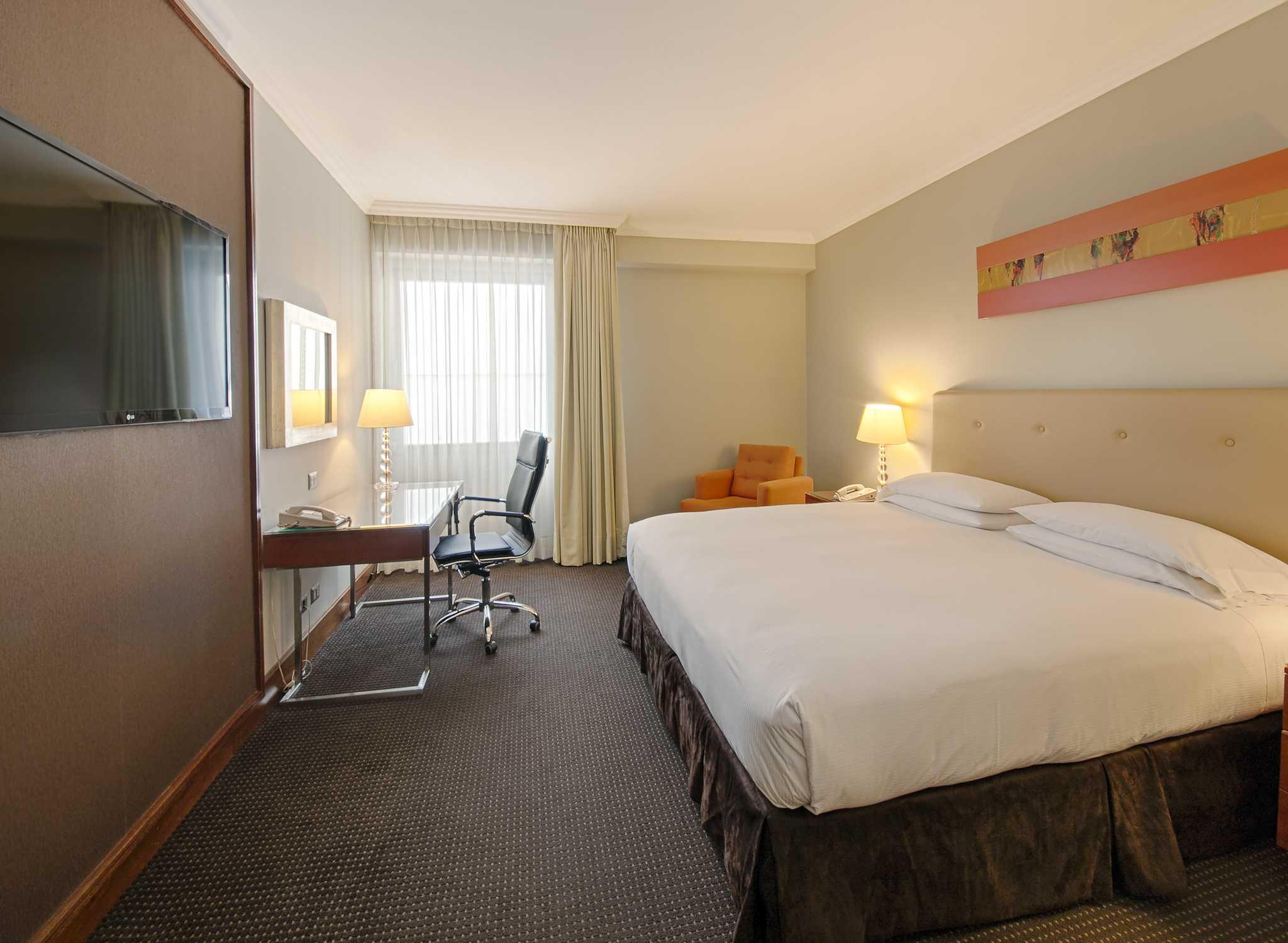 Room Photo 10117121 Hotel Habitacion Con Terraza Hermosa En