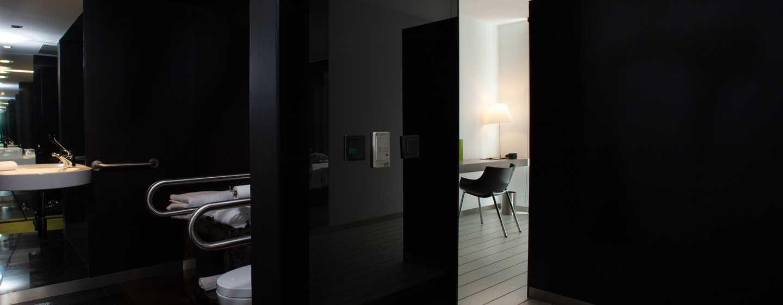 Hôtel DoubleTree by Hilton Hotel Lisbon - Fontana Park, Portugal - Chambre accessible aux personnes à mobilité réduite