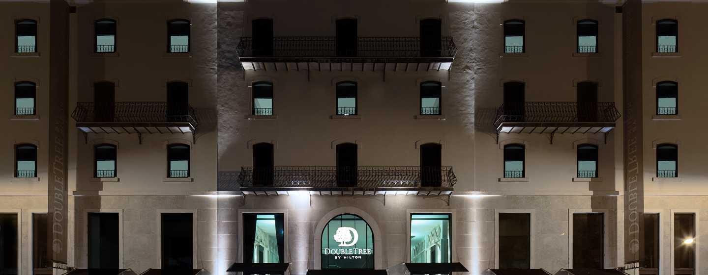 Hôtel DoubleTree by Hilton Hotel Lisbon - Fontana Park, Portugal - Vue extérieure de l'entrée