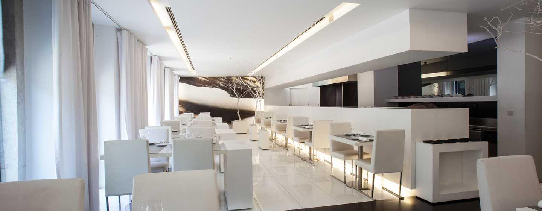 Hotel DoubleTree by Hilton Lisbon – Fontana Park, Portugal – Restaurante Saldanha Mar