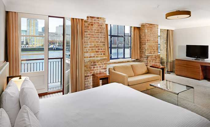 DoubleTree by Hilton Hotel London - Docklands Riverside, Großbritannien - Junior Suite mit King-Size-Bett