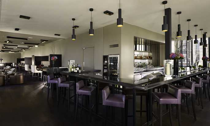 DoubleTree by Hilton Hotel London - Tower of London, Verenigd Koninkrijk - Bar Skylounge