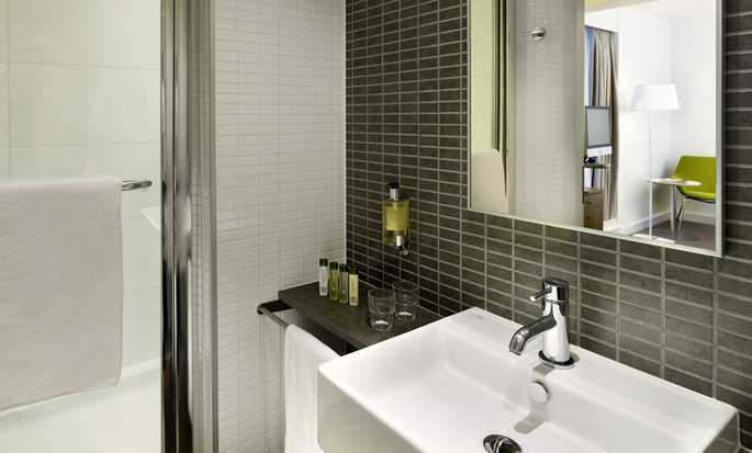 Hotel DoubleTree by Hilton London - Tower of London, Reino Unido - Baño