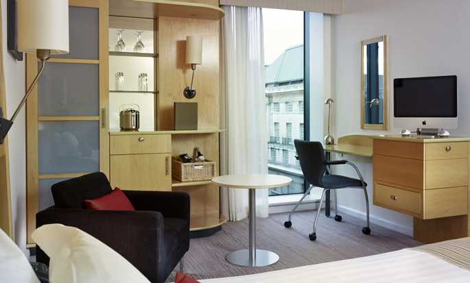 DoubleTree by Hilton Hotel London – Westminster, Großbritannien – Executive Zimmer mit Queen-Size-Bett