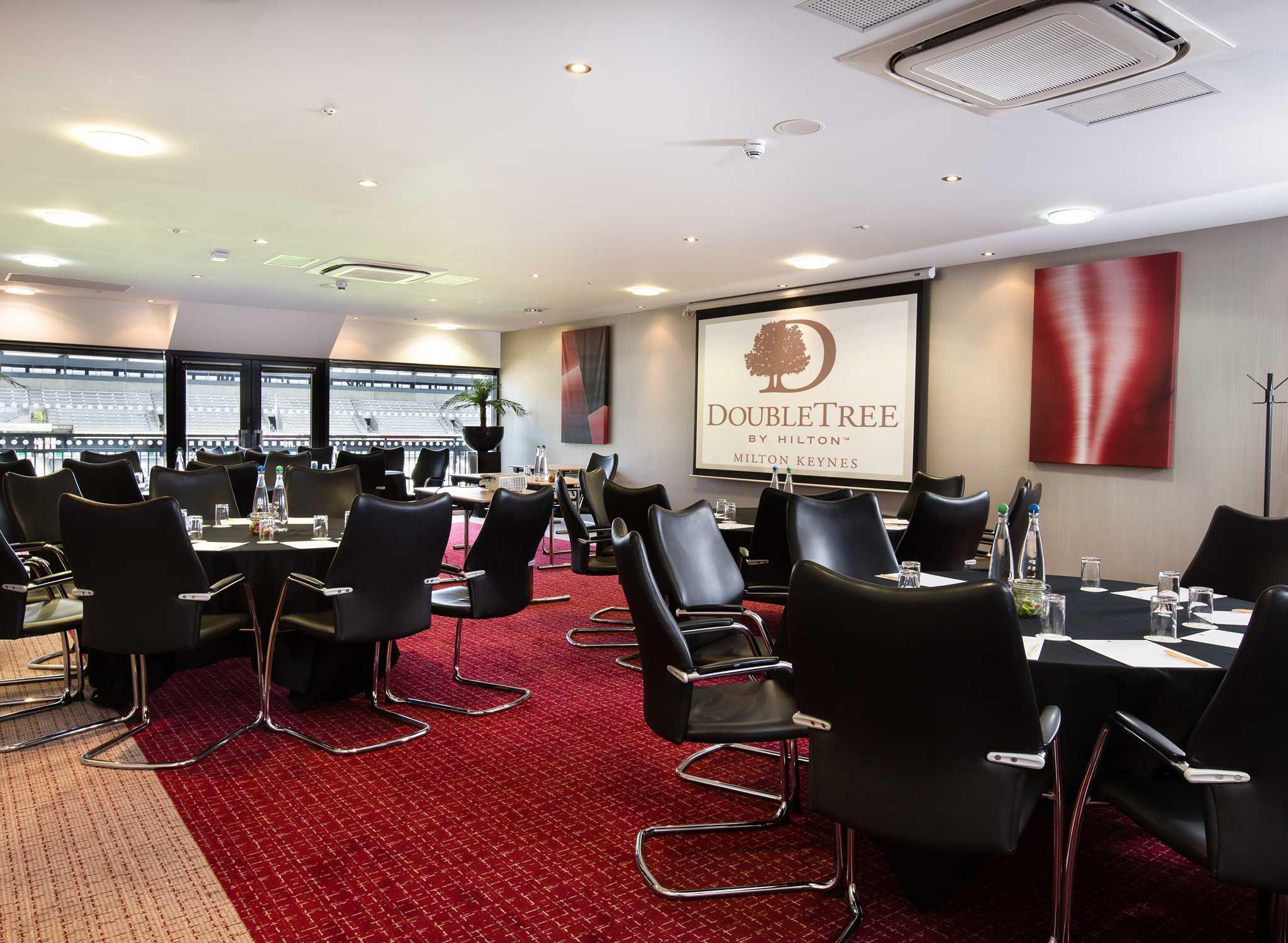 DoubleTree By Hilton Milton Keynes Grossbritannien Meetingraum