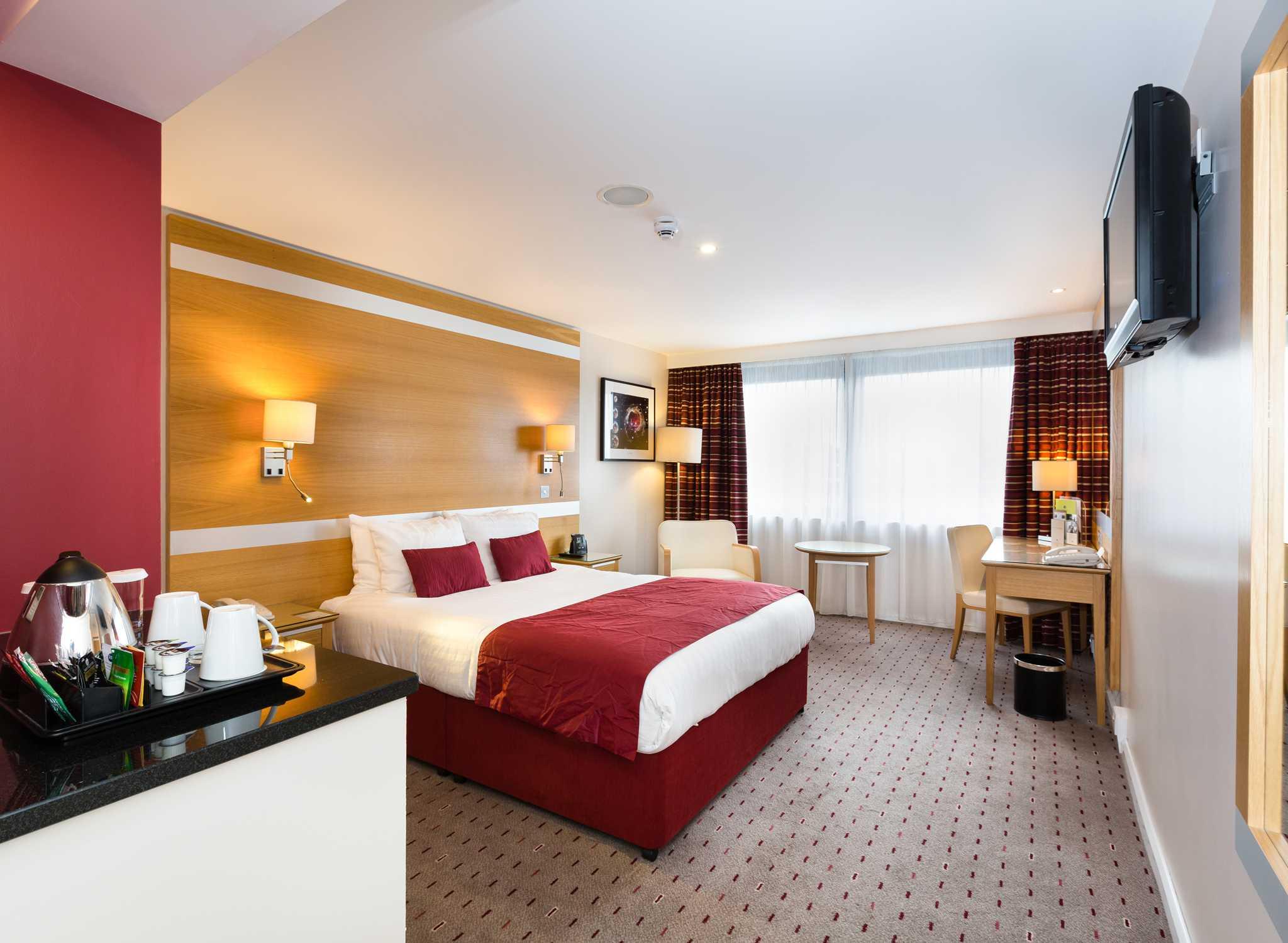 DoubleTree By Hilton Milton Keynes Grossbritannien Zimmer