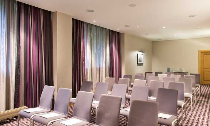 DoubleTree by Hilton Hotel Luxembourg – Meetingräume