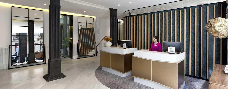 Hotel DoubleTree by Hilton Madrid-Prado, España - Lobby