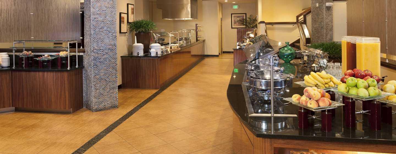 Hotel DoubleTree by Hilton Orlando at SeaWorld, Florida - Desayuno tipo bufé