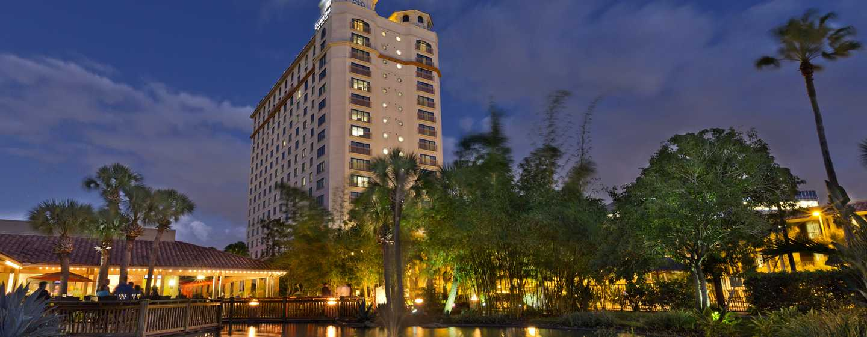Hotel DoubleTree by Hilton Orlando at SeaWorld, Florida - Hotel al atardecer