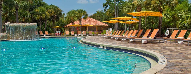 Hotel DoubleTree by Hilton Orlando at SeaWorld, Florida - Piscina tipo laguna