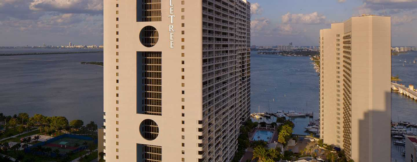 DoubleTree by Hilton Grand Hotel Biscayne Bay, Miami - Exterior
