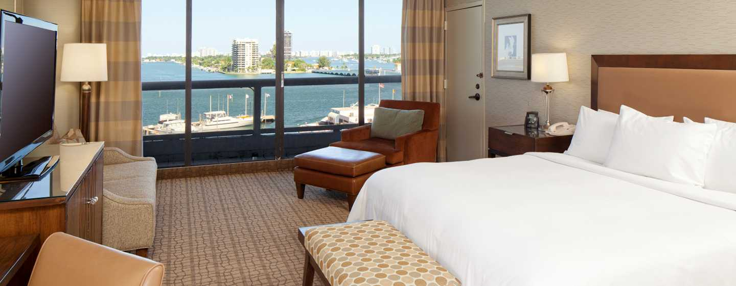 DoubleTree by Hilton Grand Hotel Biscayne Bay, Miami - Quarto King
