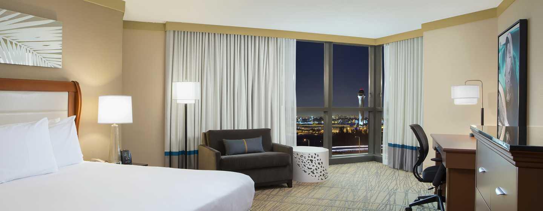 Hotel DoubleTree by Hilton Miami Airport & Convention Center, Florida, EE. UU. - Habitación con cama King