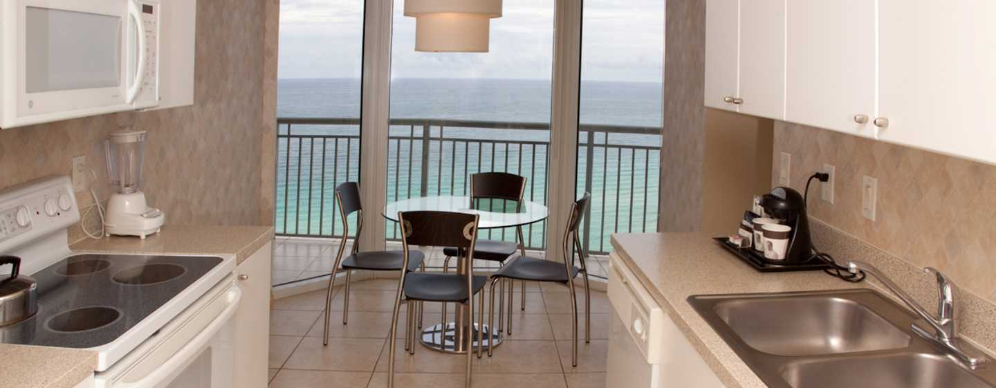 Hotel DoubleTree Resort & Spa by Hilton Ocean Point - North Miami Beach, Florida, EE. UU. - Cocina de la suite