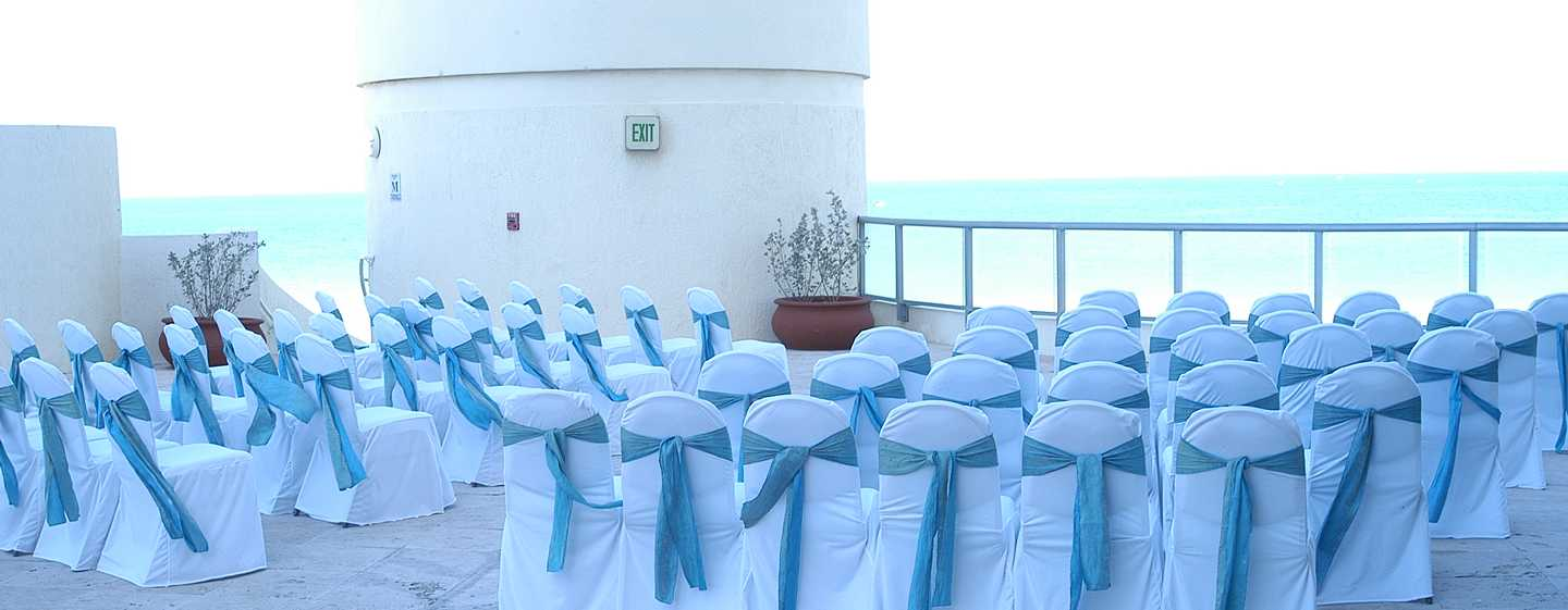 Hotel DoubleTree Resort & Spa by Hilton Ocean Point - North Miami Beach, Florida, EE. UU. - Ceremonia en la veranda