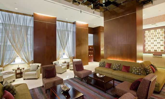 DoubleTree by Hilton Hotel New York City Financial District -  Spacieux hall