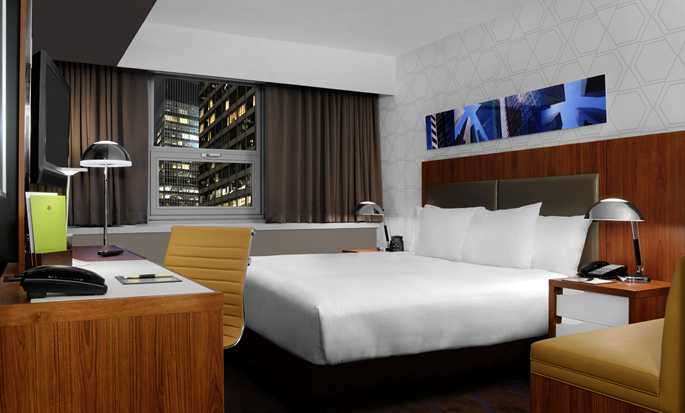 DoubleTree by Hilton Hotel Metropolitan - New York City, New York - Camera con letto king size