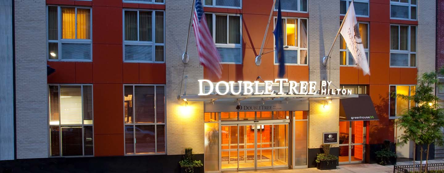 DoubleTree by Hilton Hotel New York - Exterior do hotel