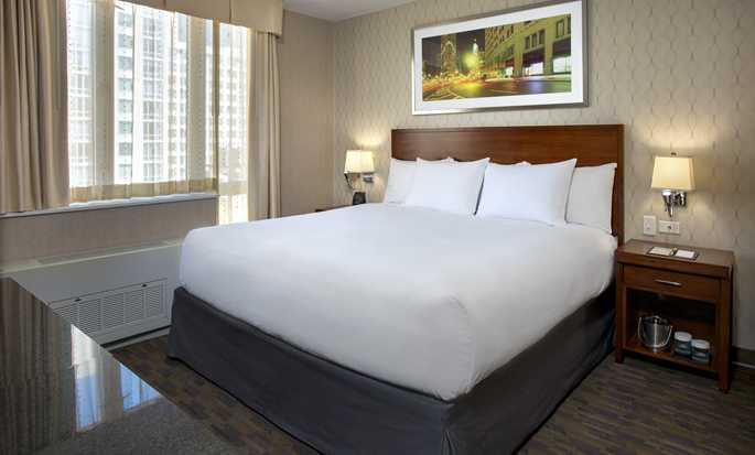 DoubleTree by Hilton Hotel New York - King Room