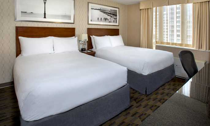 DoubleTree by Hilton Hotel New York - Double Beds