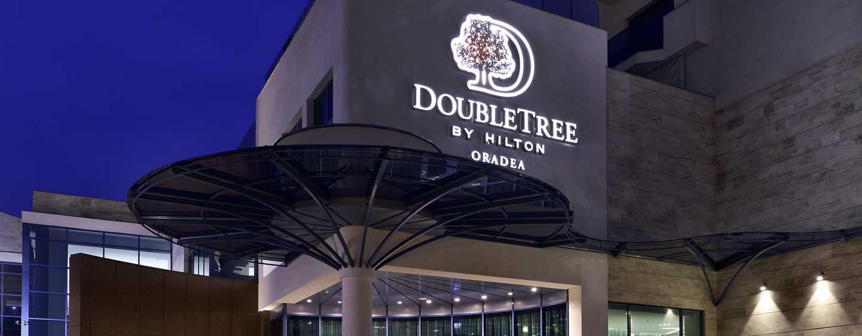 Hotel DoubleTree by Hilton Oradea, România – Exteriorul hotelului
