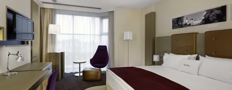 Hotel DoubleTree by Hilton Oradea, România – Cameră standard cu pat King