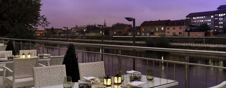 Hotel DoubleTree by Hilton Oradea, România – Restaurant Laurus