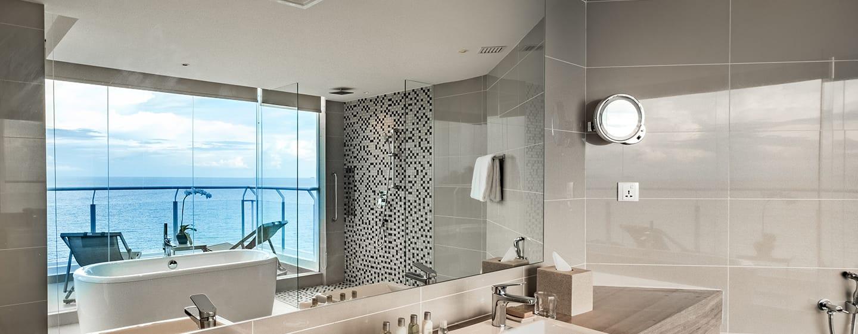 โรงแรม Doubletree by Hilton Penang มาเลเซีย - ห้องสวีทครอบครัว ห้องอาบน้ำ